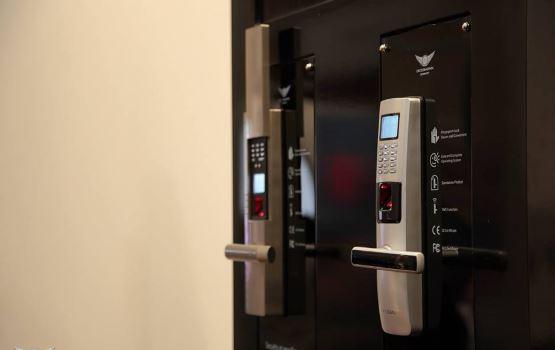 hệ thống khóa cửa chống trộm vân tay an toàn